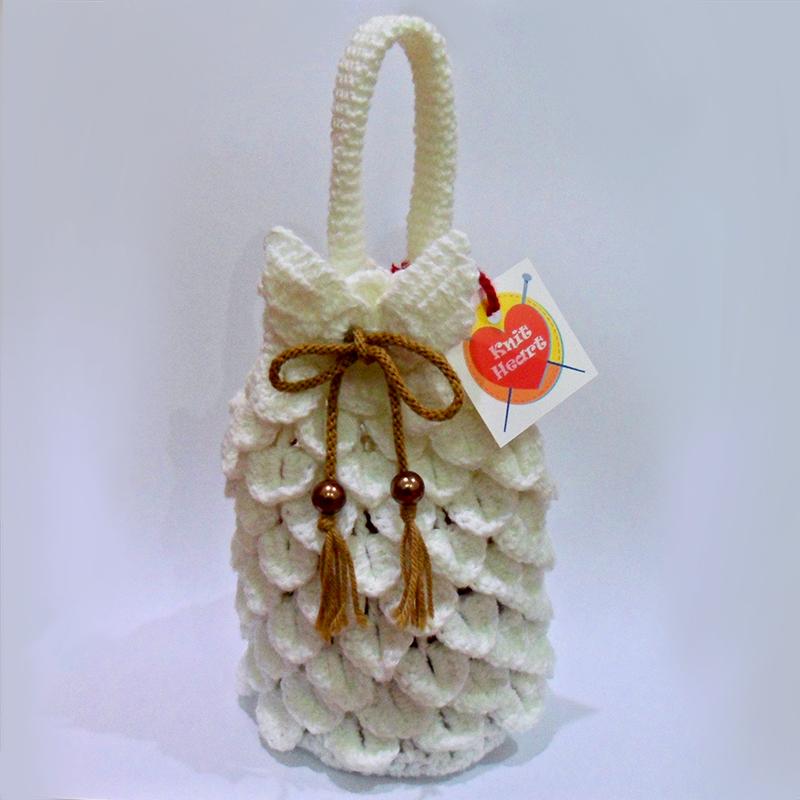 White Angelic Crochet Drawstring Bag by Lapin-de-Fou