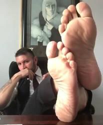 Random guy's feet #2 by Gaggedgamer