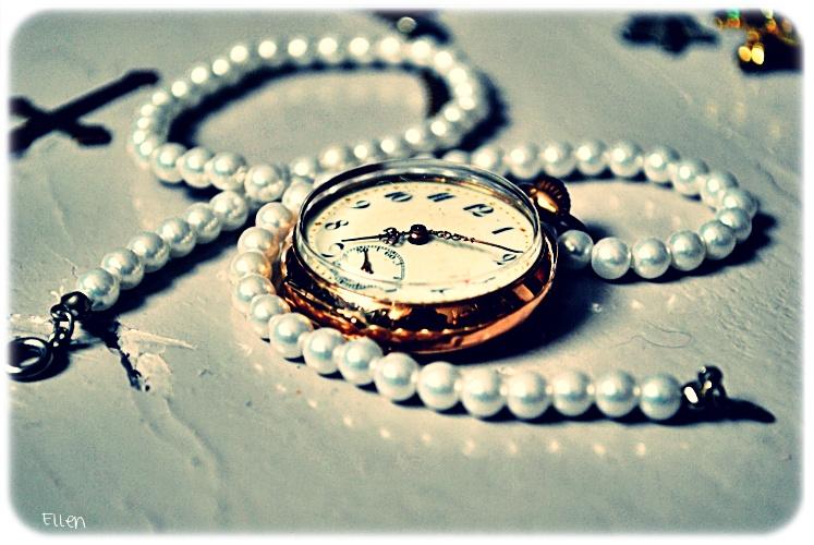 Clock by NonstopFighter
