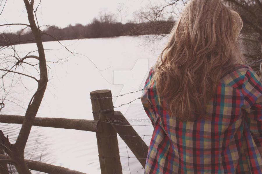 Фото полненьких девушек на аву без лица