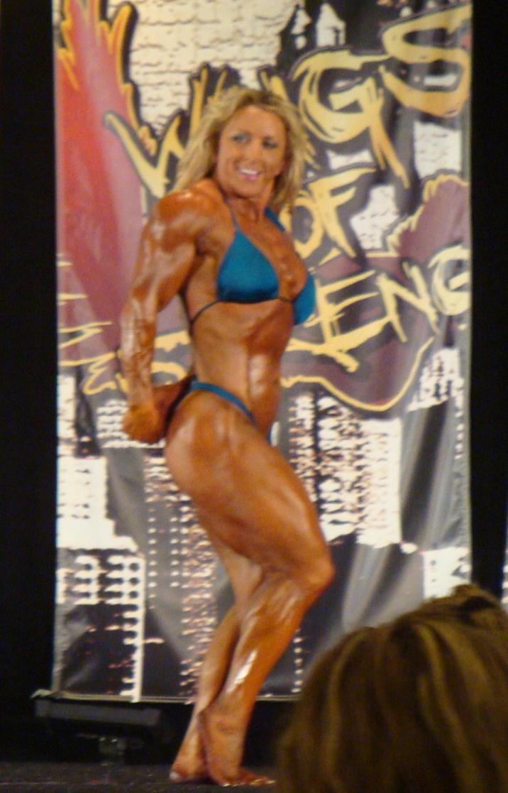 muscle girlz live