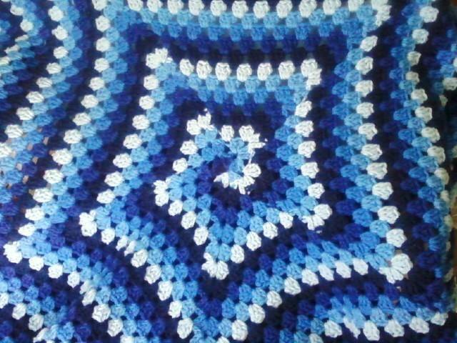 blues swirls of my own design by Starfirechelle