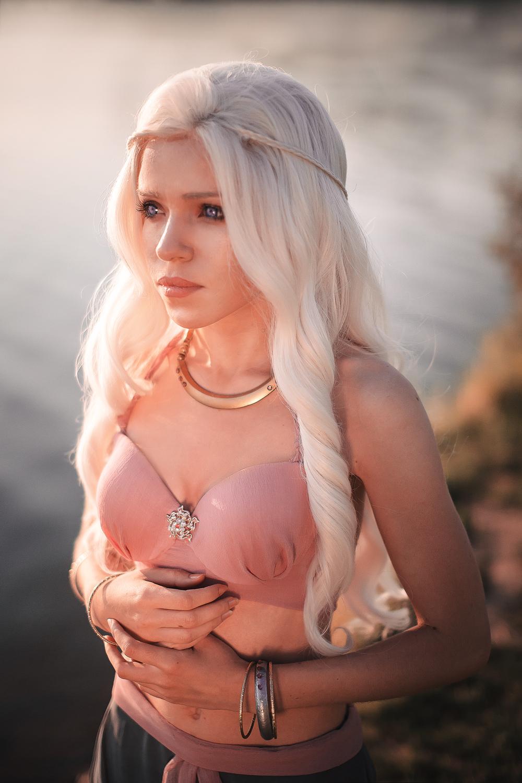 Daenerys Stormborn by TophWei
