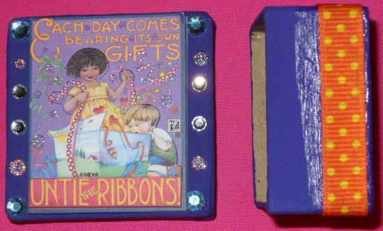 Gift box by HappiZ0mbie