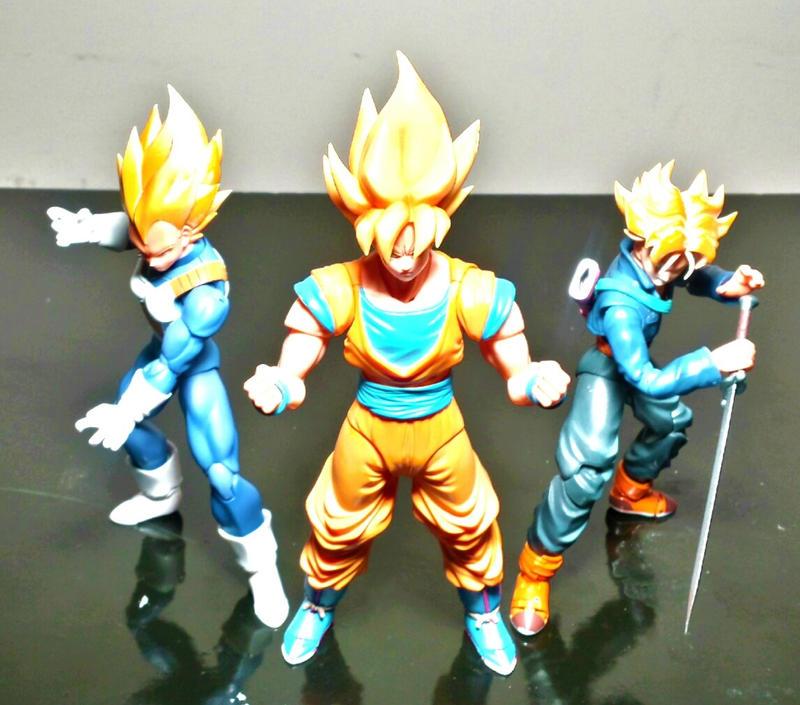 Super Saiyan Trio! by ULTIMATEbudokai3