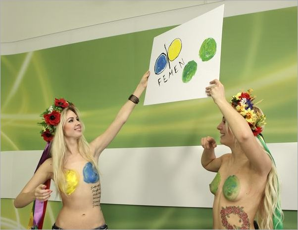How to create FEMEN fan art 1 by Child--Of--The--Moon
