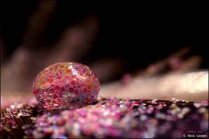 Glittery Ball by ninazdesign