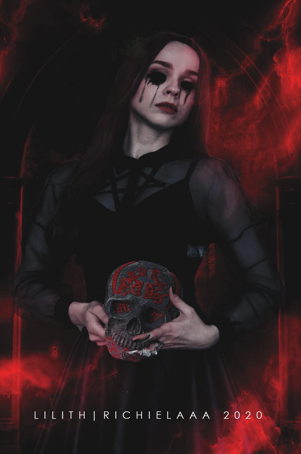 Lilith | Manipulation
