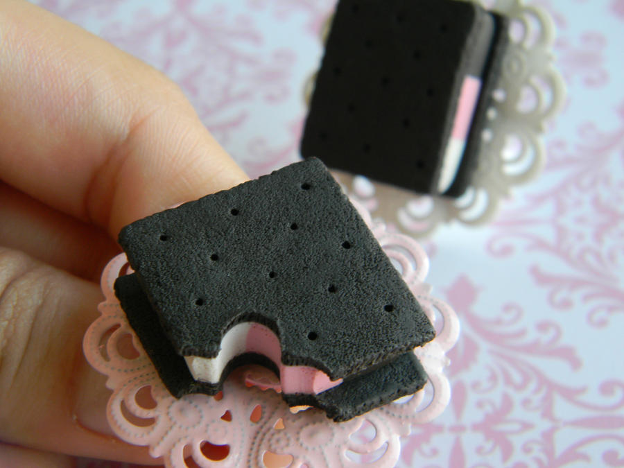 Ice Cream Sandwich Ring by ThePetiteShop