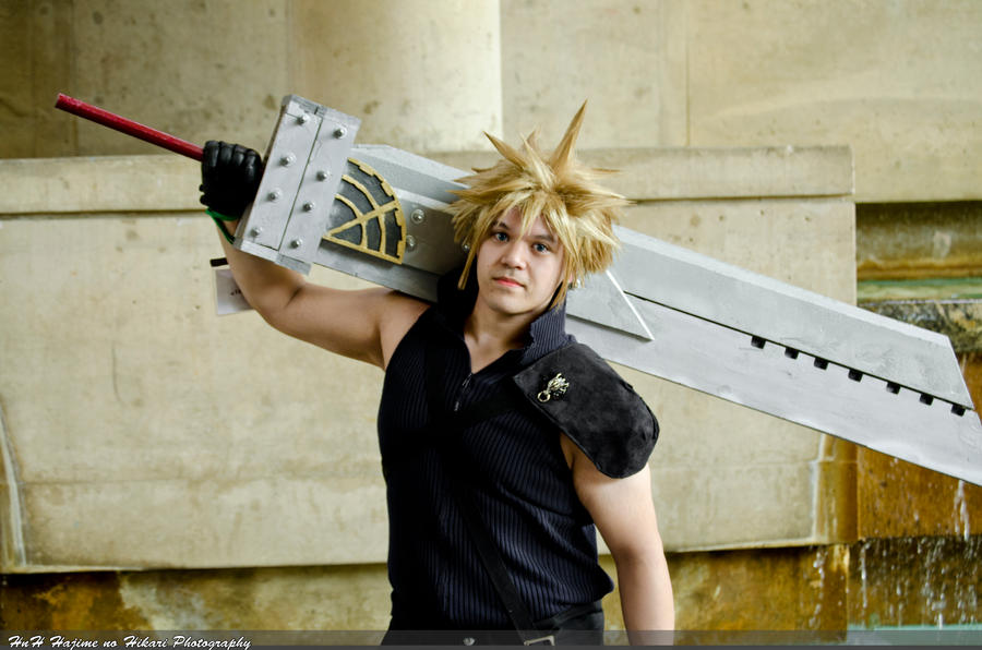 Otakon 2011 Final Fantasy 7 by larg-san