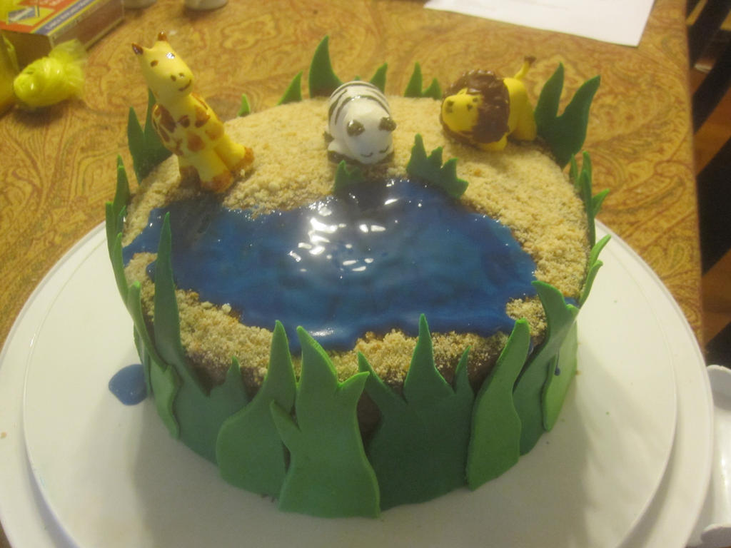 Savannah Animals cake by recycledrapunzel