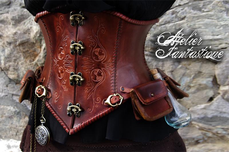Daelys steampunk leather underbust by AtelierFantastique