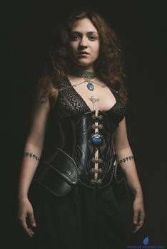 Iserys underbust leather corset