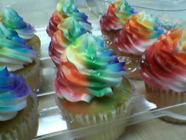 Rainbow Cupcakes by Bake-a-saur