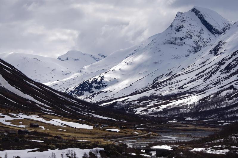 Jotunheimen by CleaLlyfr