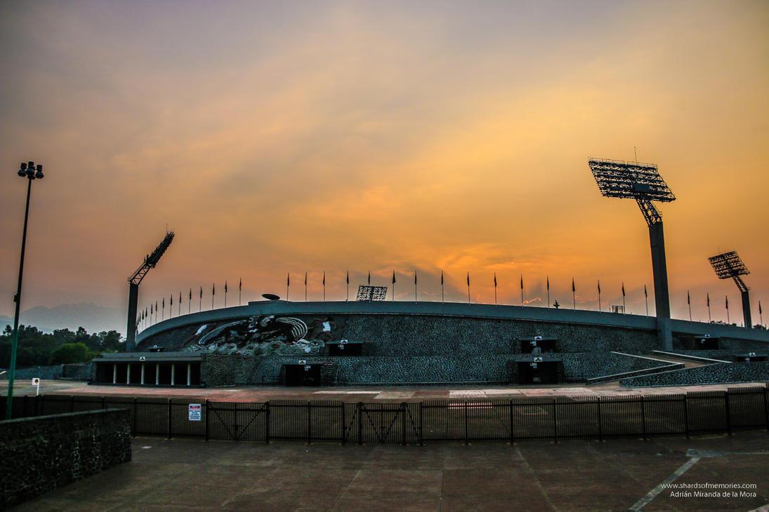 UNAM Stadium by gotenkun
