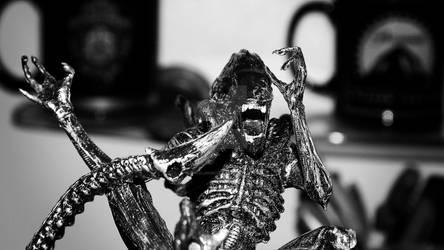 Alien Photobomb Selfie.