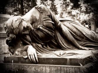 Scuplture of woman by eblackmoon
