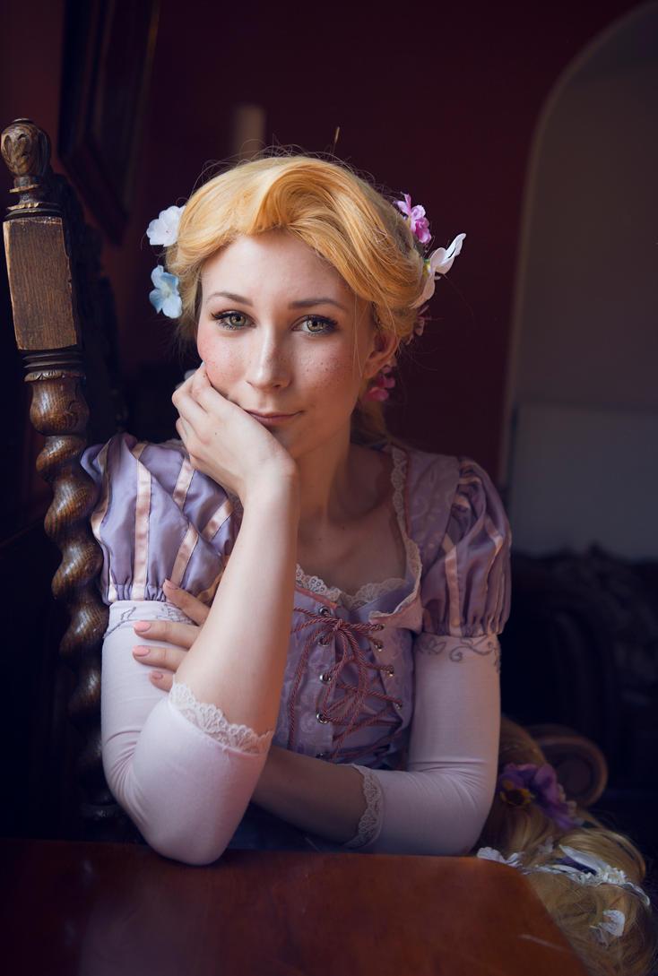 Rapunzel: Mischievous by sofiawilhelmina