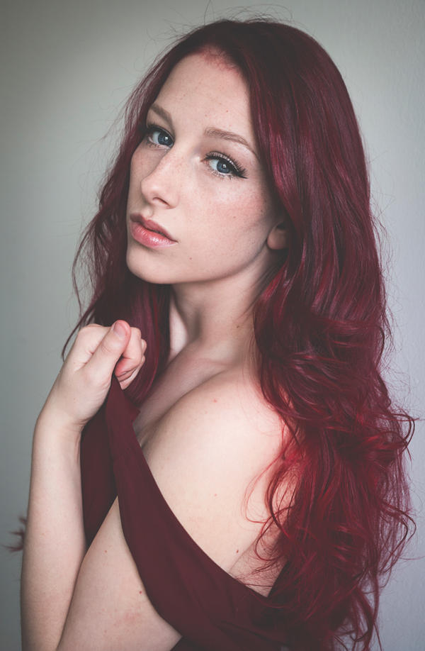 Red II by sofiawilhelmina