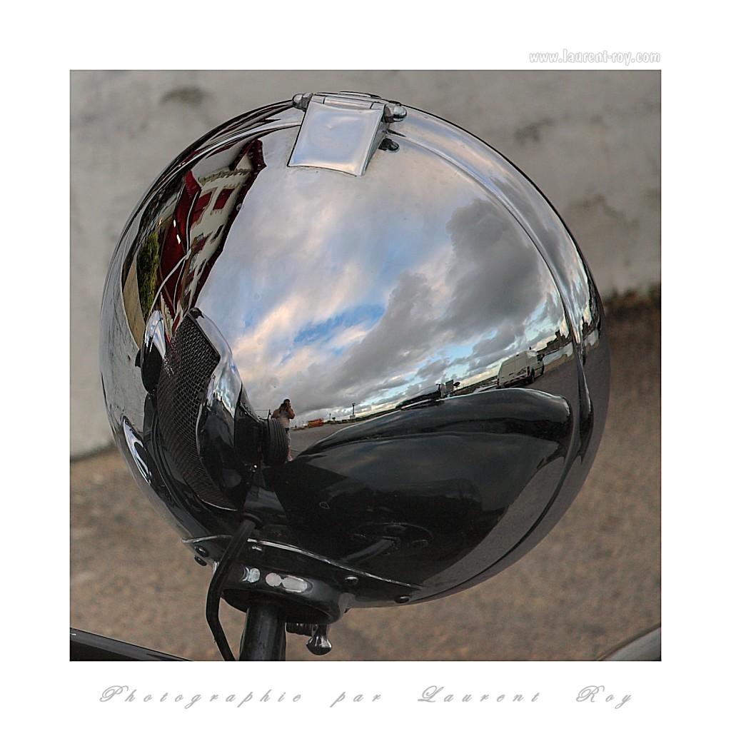 Bentley 03 - Reflection