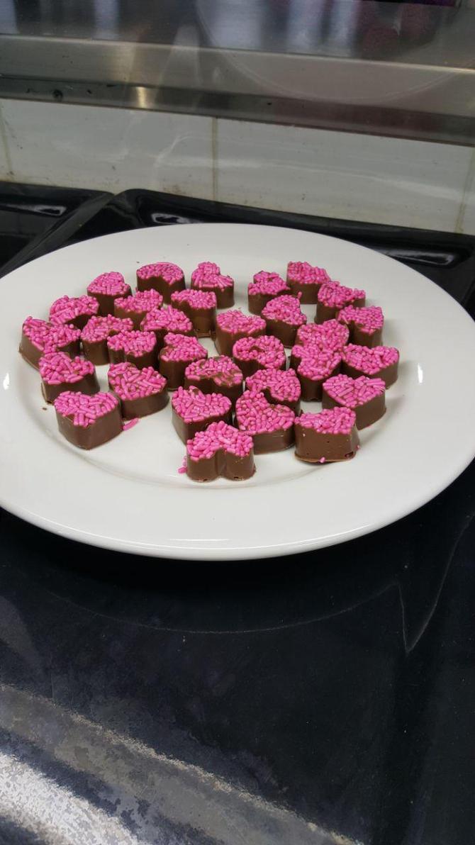 Valentine's Chocolates by Fennbothan