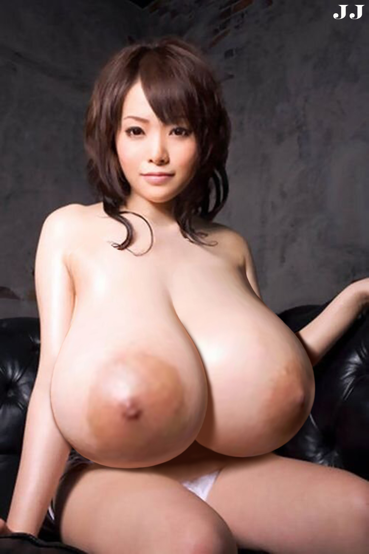 Japanese natural big boobs