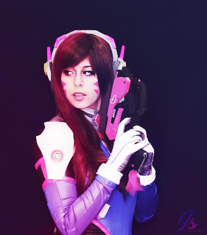 D.va Cosplay ~ Overwatch by Irethiss
