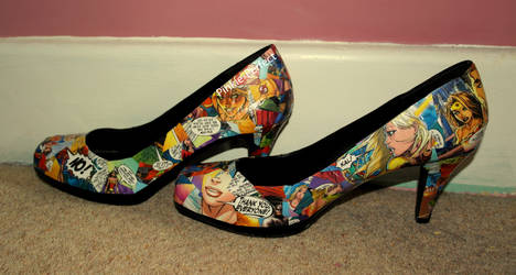 Comic Book Shoes (Close-Up) by Pinkie-Perfect