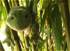 Bamboo Frog by laracoa