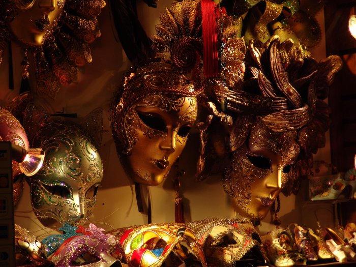 Venezian masks by PitaruPlanet