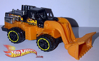2013 Hot Wheels City Wheel Loader by idhotwheels