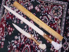 Blades of Bone. by Tabbicatt
