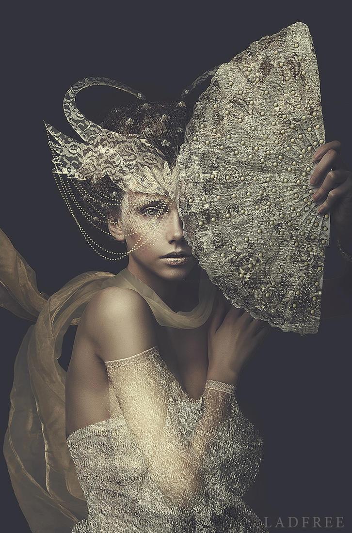 Aura by LadFree