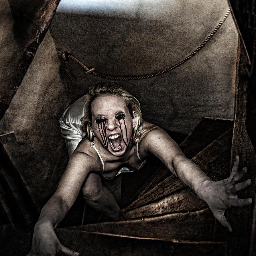 When you scream, you scream alone... by alter-eye