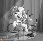 Singing Sweetie Belle Web