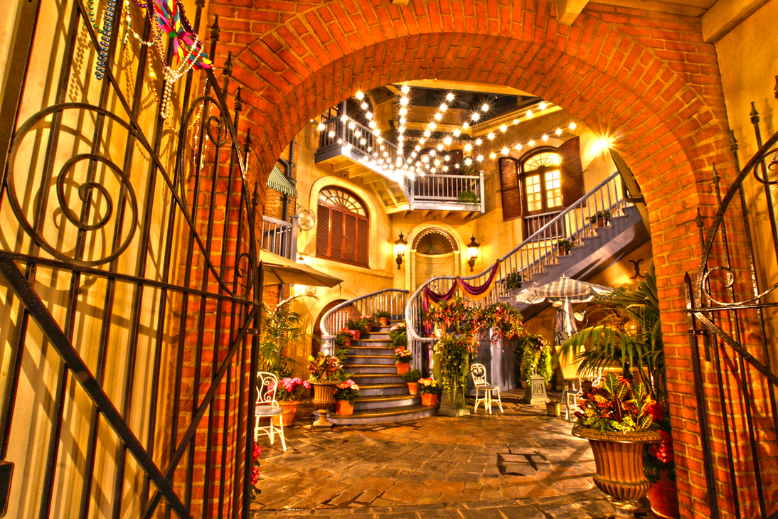 French Quarter Courtyard HDR by mhrc4