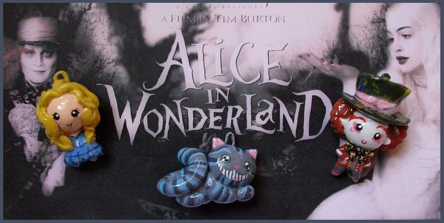 Chibi-Charms: Alice+Wonderland by MandyPandaa