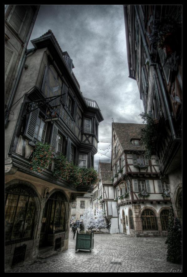 Posta és irodaházak utcája Alsace_street_vi_by_zardo-d17gzjw
