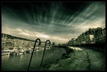 Across the lines by zardo