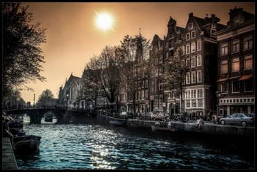 Dans le port d'Amsterdam by zardo