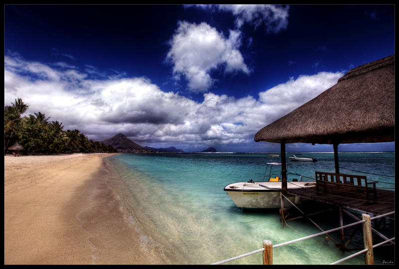 Piece of paradise by zardo
