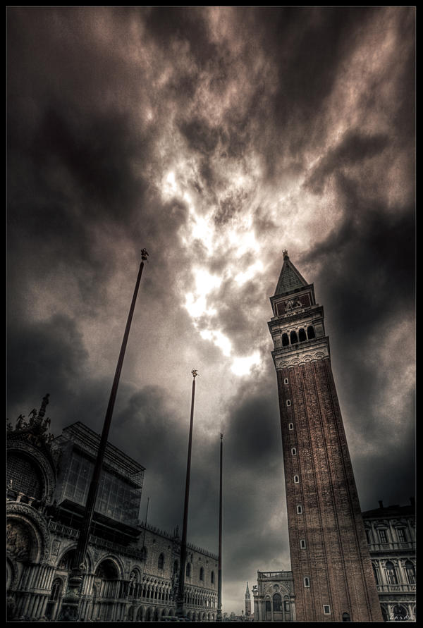 Dark side of Venice by zardo