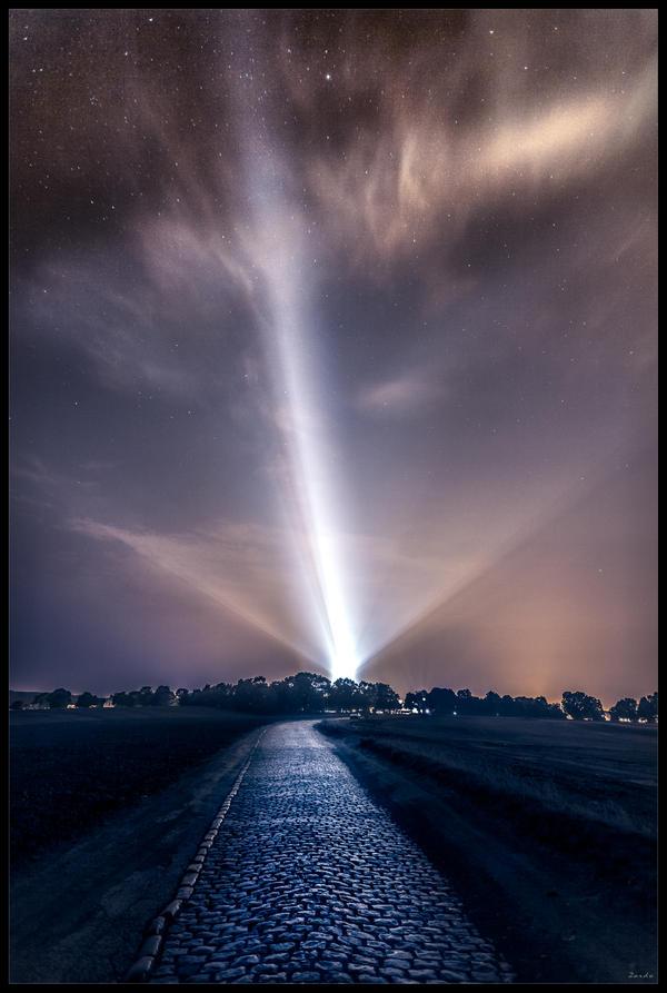 Chasing stars by zardo