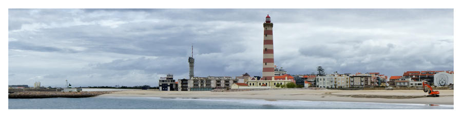 Aveiro Lighthouse by NunoCanha