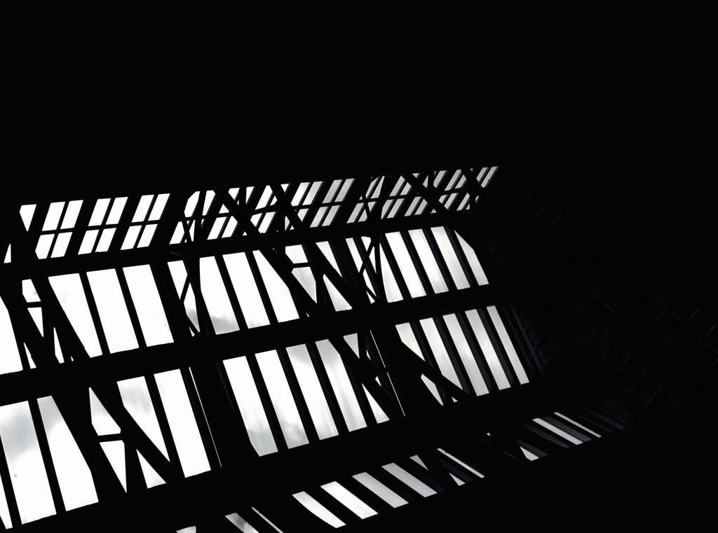 Reflecting Emptiness by AnnaKyriazidou