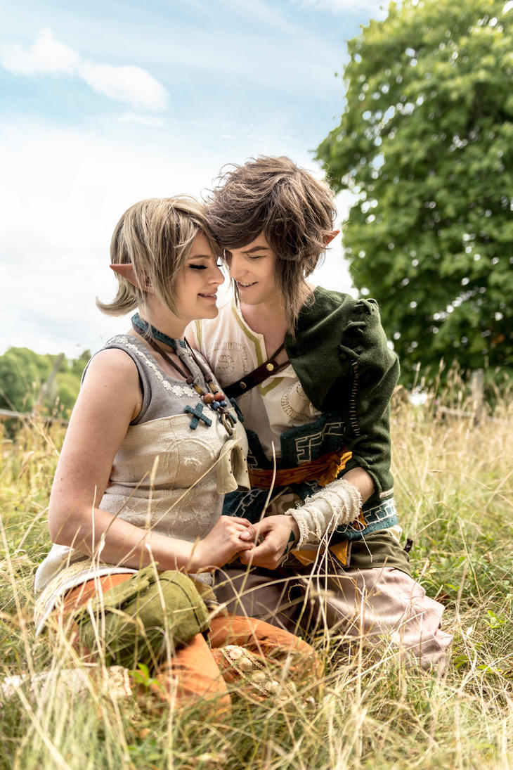 Zelda Twilight Princess - Link and Ilia cosplay by UltraCosplay