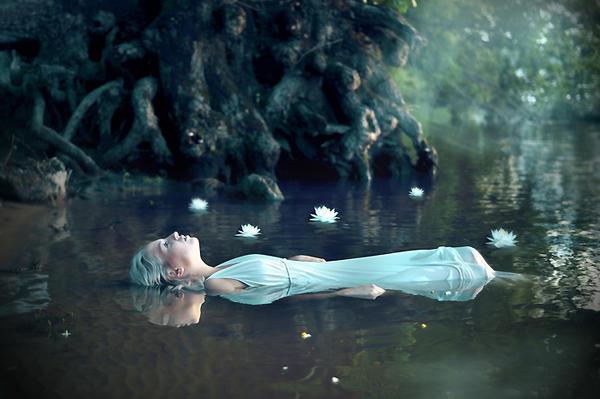Ophelia by LoveInMist