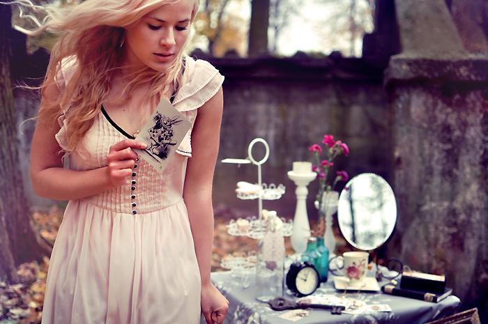 Alice by LoveInMist