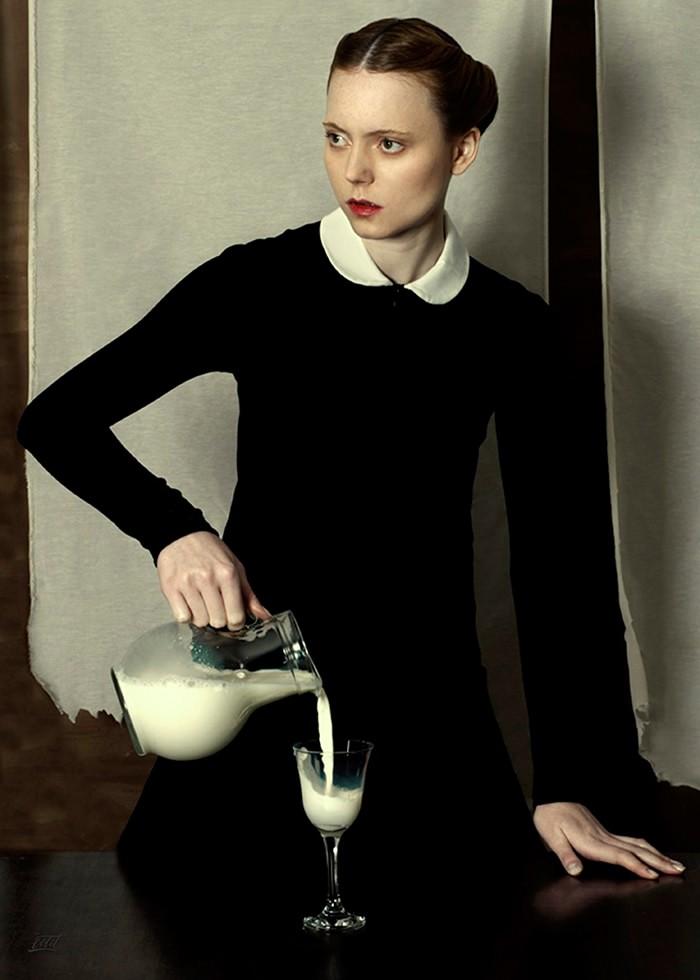 تابلو عکس، شیر خالص